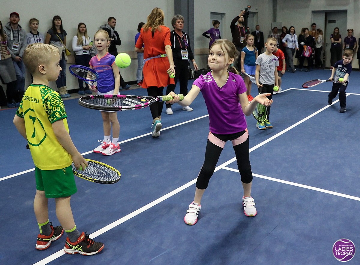 Tennis master-class for children